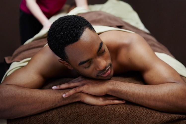 In male dubai to male massage Dubai Gay